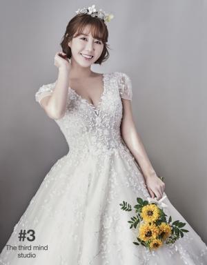 """가수 나비, 중학교 선배와 결혼…""""모두모두 사랑해"""""""